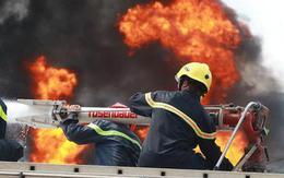 Tại sao phải dùng nước để cứu xe bồn đang bốc hỏa?