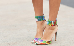 Chọn giày cao gót che khuyết điểm cho đôi chân