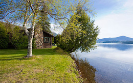 10 ngôi nhà thôn dã lãng mạn bên hồ