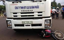 Gây tai nạn rồi trốn, bỏ nạn nhân gào khóc dưới bánh xe