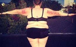 """""""Người mẫu"""" béo táo bạo với những bức ảnh mặc đồ nội y"""