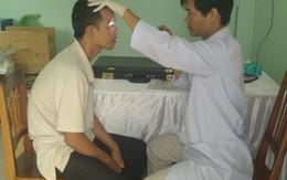Khám bệnh tim và mắt cho hơn 1.200 người ở Kon Tum