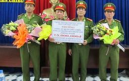 Thưởng nóng cho các đơn vị bắt tên cướp khống chế bốn sinh viên làm con tin