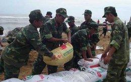 Phú Yên: Sập 100m kè chắn sóng, 20 hộ phải di dời