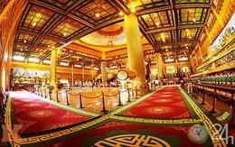 Chiêm ngưỡng đền thờ dát vàng giá ngàn tỷ tại Việt Nam