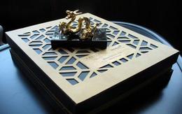 6,5 triệu đồng một hộp bánh trung thu rồng mạ vàng