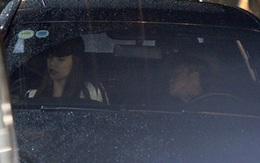 Mặc mưa gió, Cường Đô la vẫn ra tận sân bay đón Hà Hồ