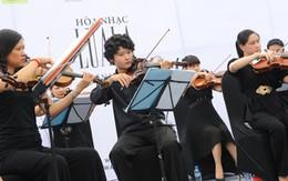 Hòa nhạc Luala: Không có sao vẫn hút khán giả
