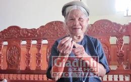 Cụ bà gần 70 năm chữa bệnh dại miễn phí cho người nghèo