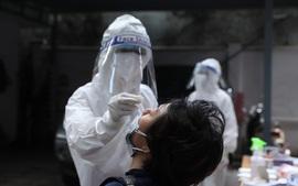 Bé trai ở Hà Nội tổ chức sinh nhật đông bạn bè 4 ngày trước khi phát hiện mắc COVID-19