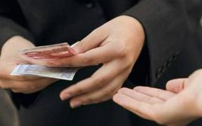 """6 quy tắc cho người thân vay tiền mà bạn luôn phải nhớ để không nhận """"trái đắng"""""""