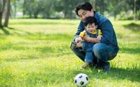 7 đức tính tốt đẹp cha mẹ ảnh hưởng lên con cái