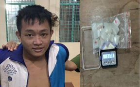 Đang trên đường đi giao ma túy cho con nghiện thì bị bắt giữ