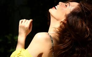 Vẻ trẻ trung xinh đẹp của MC Đan Lê, bà xã đạo diễn Khải Anh