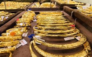 Giá vàng hôm nay 20/10: Tăng vọt rồi giảm mạnh đến chóng mặt