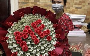 Sốc với bó hoa bằng tiền mặt trị giá 200 triệu đồng ngày 20/10
