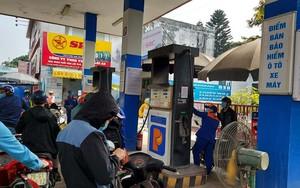 Giá xăng tiến lên đỉnh lịch sử, cách nhanh nhất giảm mối nguy cơ