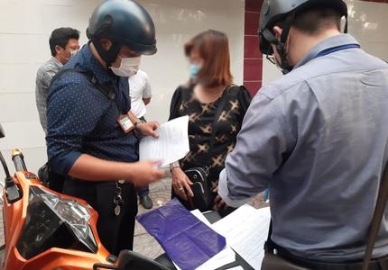 Nhiều người dân bị phạt hành chính do không đeo khẩu trang
