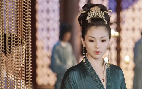"""Hoàng hậu """"cả gan"""" nhất lịch sử Trung Hoa: Dám bạt tai Hoàng đế đến xây xẩm mặt mày vì dung túng Phi tần loạn ngôn nói xấu """"chính thất"""""""