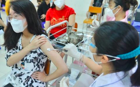 Phó Chủ tịch Hà Nội: Tăng cường kiểm tra, thanh tra công tác tiêm vaccine COVID-19 trên địa bàn