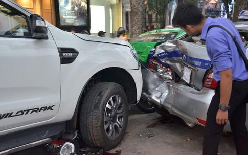 Vụ xe bán tải gây tai nạn liên hoàn ở Hà Nội: Có người tự xưng người nhà lái xe xin gặp mặt bồi thường, gia đình nạn nhân Yến Chi từ chối