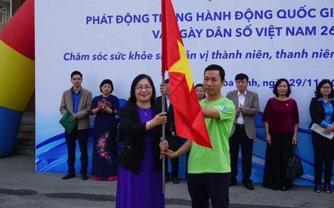 Hơn 400 tình nguyện viên tham gia Lễ xuất quân hưởng ứng Tháng Hành động Quốc gia về Dân số và Ngày Dân số Việt Nam