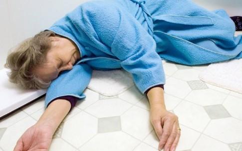 """Rét đậm đột quỵ tăng hơn gấp 10 lần: Tăng nguy cơ tử vong vì uống """"thần dược"""" chống đột quỵ"""