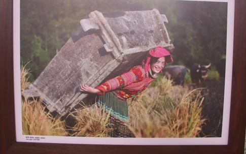 Xúc động trước nhiều khoảnh khắc người dân Hà Giang vừa chống dịch, vừa phát triển kinh tế
