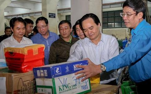 Hơn 22 nghìn bộ sách vở được đến học sinh vùng lũ lụt miền Trung