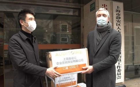 CEO Pháp không ngần ngại trở lại Trung Quốc để tặng 2.000 khẩu trang