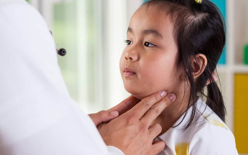 Căn bệnh lây qua hô hấp không thể chủ quan khi trẻ em mắc phải