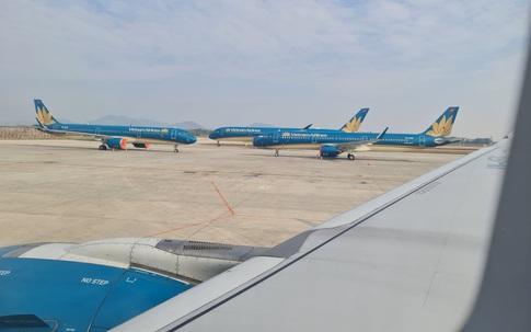 Thời tiết xấu các hãng hàng không bị xáo trộn lịch trình nhiều chuyến bay
