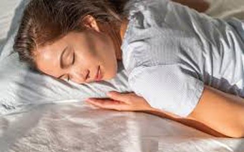 Ngày Tết dùng 3 củ gừng nướng đánh bay mỏi mệt, đau cổ vai gáy sau 15 phút