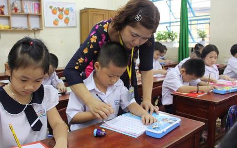 """Thủ tướng yêu cầu Bộ GD&ĐT sửa quy định chứng chỉ """"thăng hạng"""" giáo viên"""