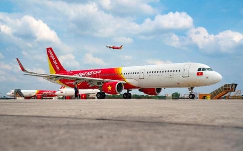 Từ 10/10, Vietjet mở lại 15 đường bay đón khách trên những chuyến bay xanh an toàn