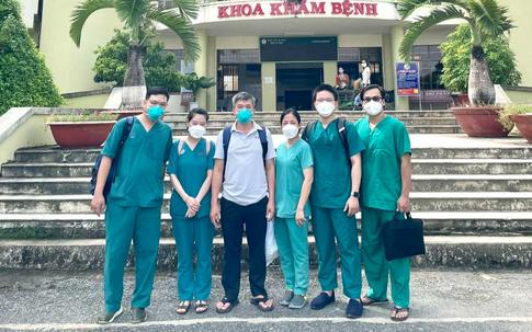 """""""Bác sĩ 91"""" dẫn đầu đoàn công tác đến Cà Mau hỗ trợ điều trị bệnh nhân COVID-19"""