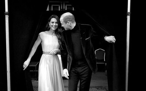 """Nhà Kate sẽ tới Mỹ để lấy lại sự nổi tiếng,  Meghan bị chỉ trích vì """"tâm thư"""" dài hơn 1.000 chữ"""