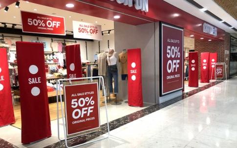 Các shop thời trang: Giảm giá, xả hàng nhưng vẫn ế