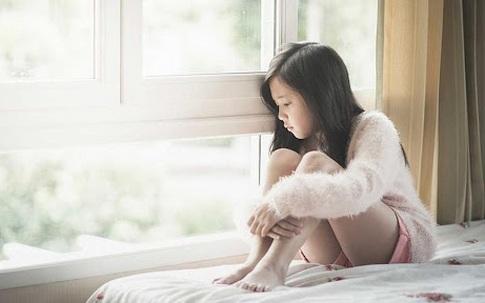 Cha mẹ cần ngừng ngay 5 hành vi hủy hoại lòng tự trọng của con vẫn diễn ra hằng ngày mà không hề hay biết