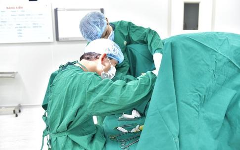 """Mắc phải bệnh """"khó nói"""" này, thiếu nữ đã phải phẫu thuật để tránh biến chứng khi còn quá trẻ"""