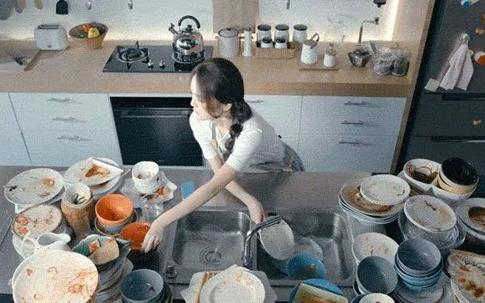 Hành động này khi rửa bát giống như nuôi cấy vi khuẩn nhưng hầu hết các gia đình đều mắc phải