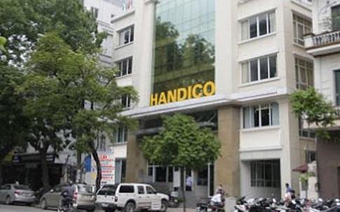 Cách chức Bí thư Đảng ủy, chính quyền với giám đốc Hacinco vì vi phạm nghiêm trọng công tác phòng, chống dịch