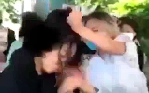 Thả icon mặt cười, một nữ sinh ở Cẩm Phả, Quảng Ninh bị đánh hội đồng
