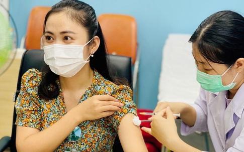Tôi đi tiêm vaccine COVID-19