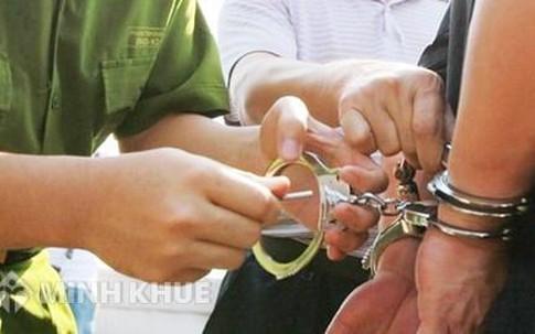 Tội danh thượng uý công an vừa bị khởi tố tối đa bao nhiêu năm tù?
