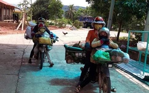 Đồng bào vùng cao Quảng Trị góp nông sản gửi vào TP.HCM