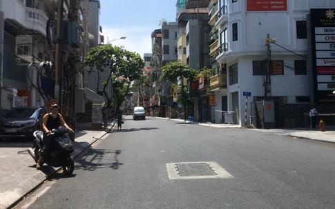 Hà Nội: Phố Thuỵ Khuê vắng lặng sau khi có 2 ca dương tính SARS-CoV-2