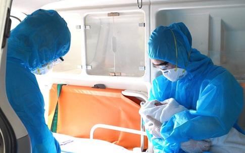 Cứu sống bé gái sơ sinh suy hô hấp nặng, con của bà mẹ mắc COVID-19