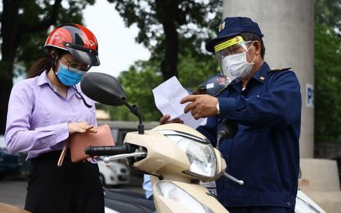Từ hôm nay, người đang cư trú ở Hà Nội có thể đăng ký trở về quê với người thân