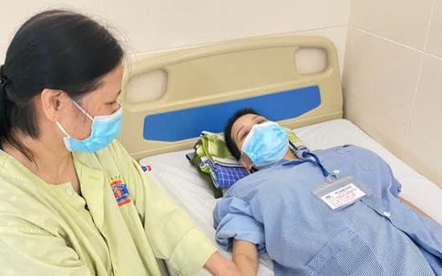 Chỉ đau lưng khi bầu 4 tháng, người phụ nữ Hà Nội bất ngờ phát hiện ung thư di căn và kỳ tích đã đến